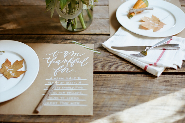 blog-thanksgiving place mat kraft paper white ink 1